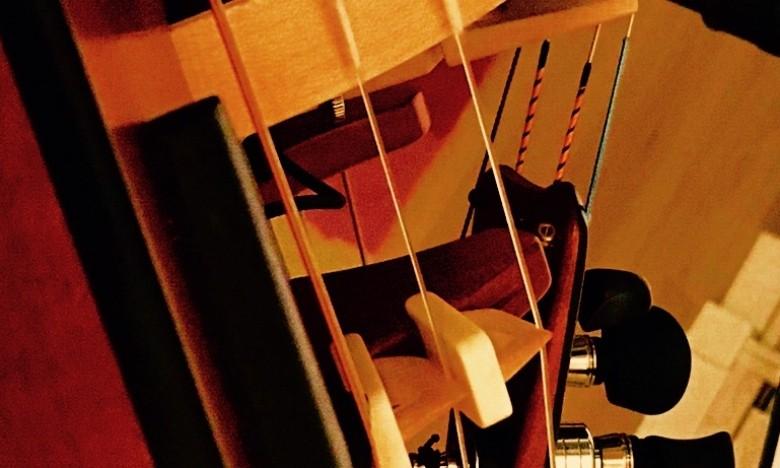 EXTRAESCOLARES ETRAD 2019-2020. Curso: 1ª parte: Venres 8/11, 15/11 e 10/01/2019. Introdución ao uso do bordón rítmico por Anxo Pintos. 2ª parte: venres 7/02/20, 14/02/20 e 21/02/20. Regraxe e mantemento da zanfona por Jaime Rebollo.
