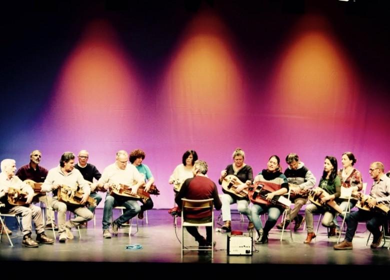 A Banda de Zanfonas da ETRAD  no CVC de Valadares. 15/03/20. Desde as 18:45 concerto dentro do ciclo A música tradicional Re-vista.